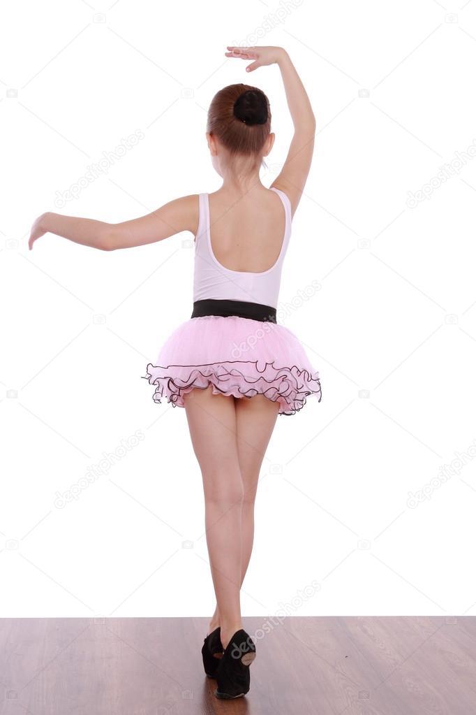 kartinki-balerini-v-rozovih-trusikah-tri-russkie-devushki-v-porno-video