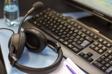 Interpreting - Headset with microphone and a computer