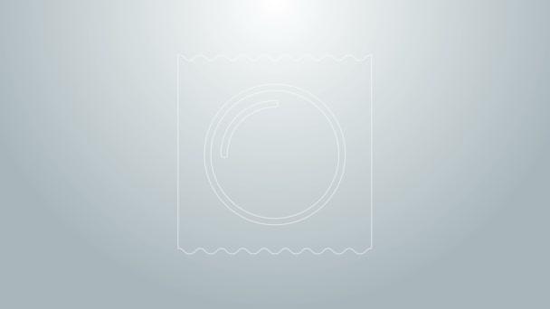 Blaue Linie Kondom in der Verpackung Safe Sex Symbol isoliert auf grauem Hintergrund. Sicheres Liebessymbol. Verhütungsmethode für Männer. 4K Video Motion Grafik Animation