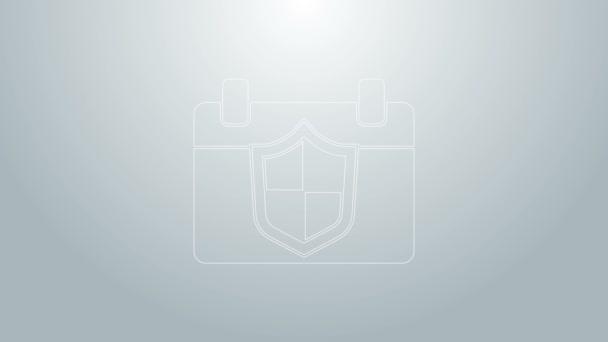 Kék vonal Naptár pajzs ikon elszigetelt szürke alapon. Biztosítási koncepció. Őrség jel. Biztonság, biztonság, védelem, adatvédelem. 4K Videó mozgás grafikus animáció