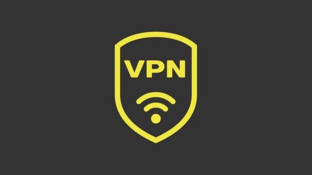 Yellow Shield mit VPN und Wifi Wireless Internet Network Symbol isoliert auf grauem Hintergrund. VPN schützen Sicherheitskonzept. 4K Video Motion Grafik Animation