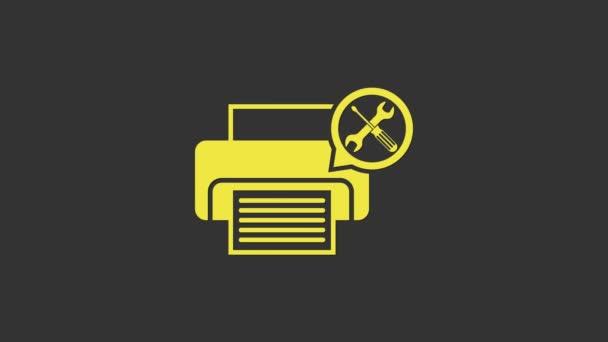 Gelber Drucker mit Schraubenzieher und Schraubenschlüssel-Symbol isoliert auf grauem Hintergrund. Anpassung, Service, Einstellung, Wartung, Reparatur, Reparatur. 4K Video Motion Grafik Animation