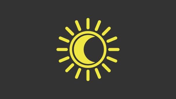 Žluté zatmění ikony slunce izolované na šedém pozadí. Úplné zatmění sonaru. Grafická animace pohybu videa 4K