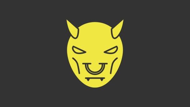 Žlutá maska ďábla s ikonou rohů izolované na šedém pozadí. Grafická animace pohybu videa 4K