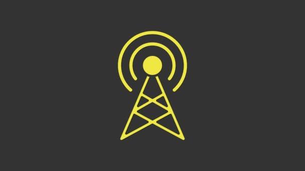 Gelbes Antennensymbol isoliert auf grauem Hintergrund. Funkantenne drahtlos. Technologie und Netzwerksignalfunkantenne. 4K Video Motion Grafik Animation
