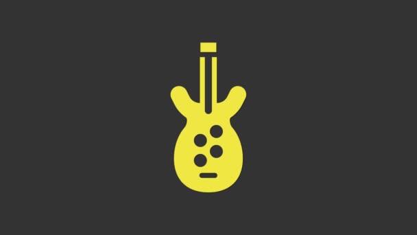 Yellow Electric basszusgitár ikon elszigetelt szürke alapon. 4K Videó mozgás grafikus animáció