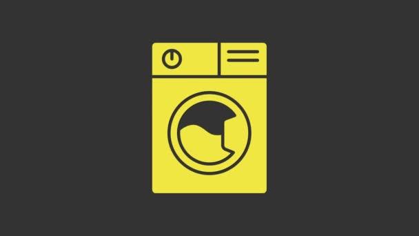 Sárga Mosó ikon elszigetelt szürke háttérrel. Mosógép ikon. Ruhaszárító - mosógép. Háztartási készülék szimbólum. 4K Videó mozgás grafikus animáció