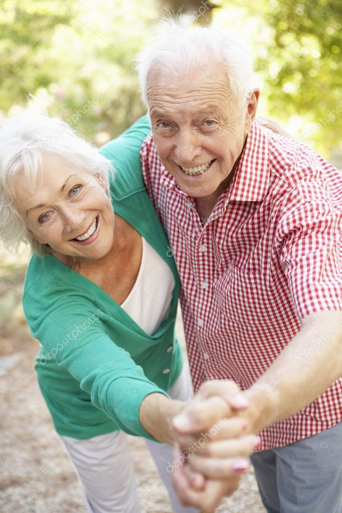Most Active Senior Online Dating Sites Completely Free
