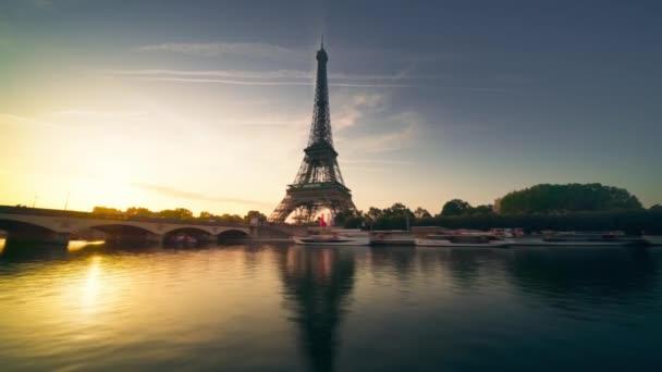 hyper lapse, Eiffel tower, Paris, France