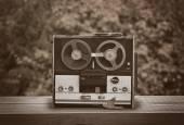 Starý naviják magnetofon