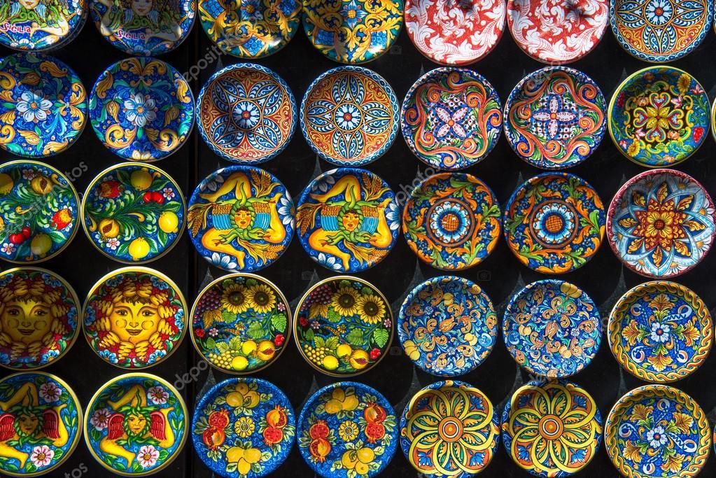 Ceramiche tradizionali di sicilia u2014 foto stock © diabolique04 #84919134