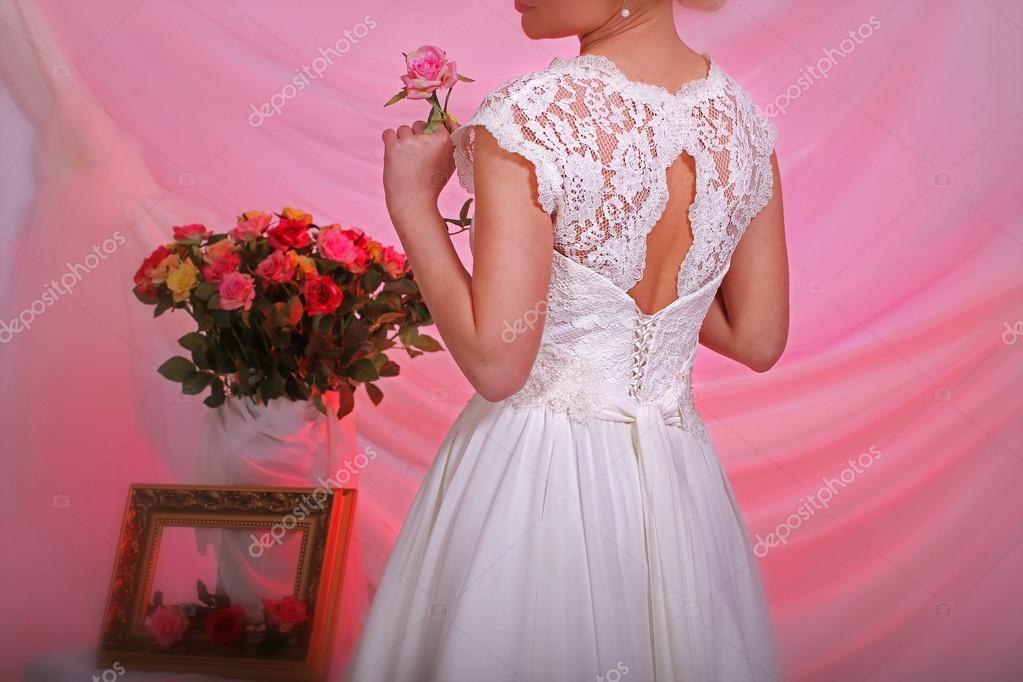 elegante vestido de novia — Fotos de Stock © DigitalMagus #73605905