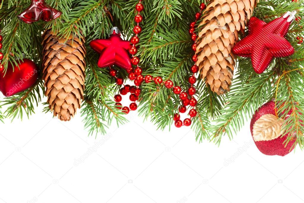 tanne mit roter weihnachtsschmuck und kegeln stockfoto. Black Bedroom Furniture Sets. Home Design Ideas