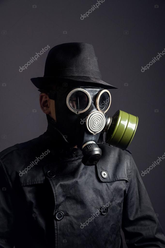 Buteco da esquina - Página 4 Depositphotos_70076985-stock-photo-man-in-gas-mask