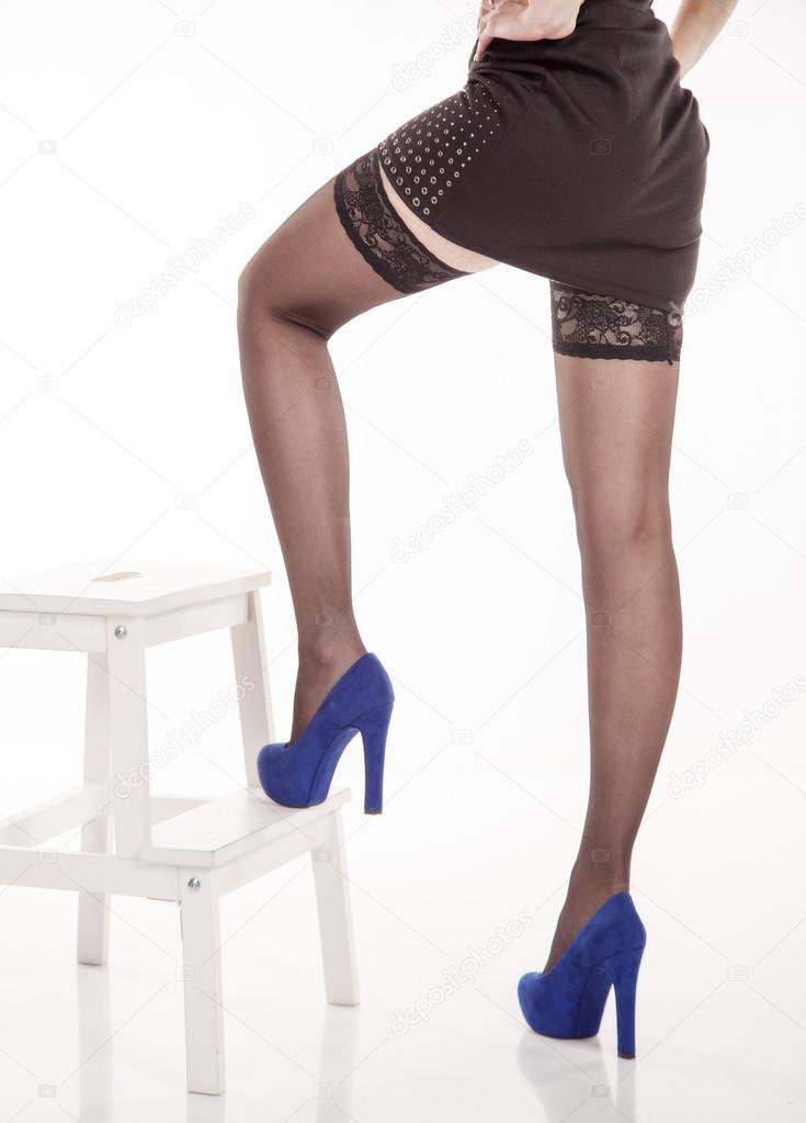 Mujeres Negras Medias En Azules Y Piernas Zapatos Largo dq4vd