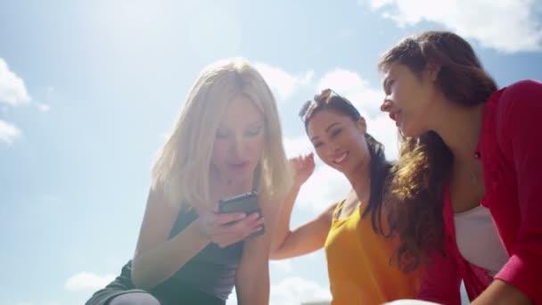 video di sesso per guardare giovane por Tube
