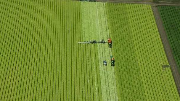Letecký snímek z farmy