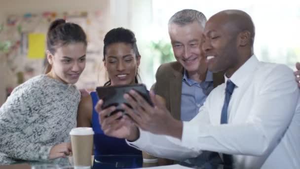 podnikatelé s Foto, s počítačem tablet