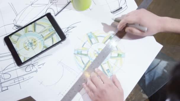 Lapokat használó számítógép tabletta
