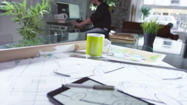 tablet s kreativní automobilový design výkresy