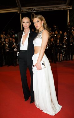 Adele Exarchopoulos, Charlize Theron
