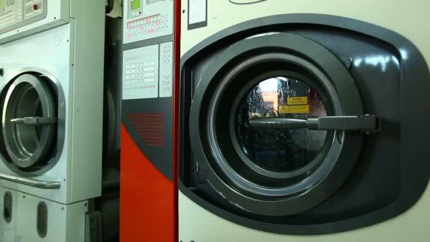 Automata mosógép, fehérnemű, közelkép