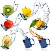 ovoce a zelenina s stříkající vodě
