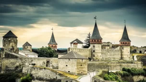 Kamenetz-Podolsky vár idő telik el