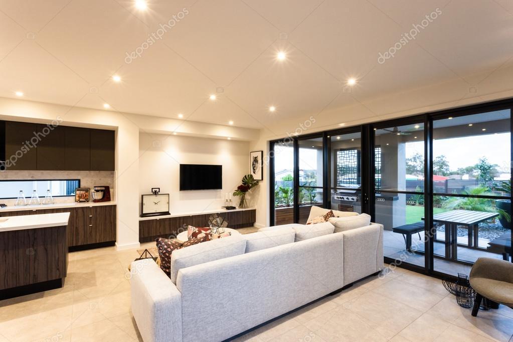 Luxus Wohnzimmer Und Eingang Auf Der Außenterrasse U2014 Stockfoto