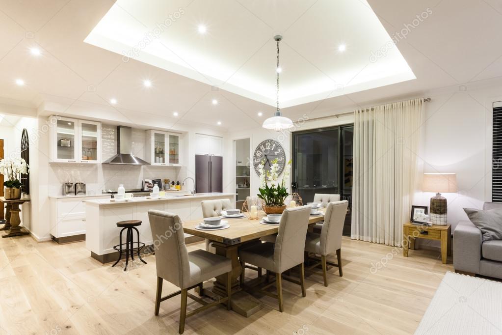 Cucina Con Salotto.Moderno Salotto E Cucina Con Un Pavimento In Legno Foto