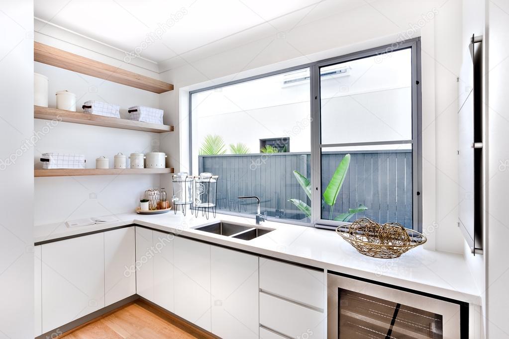 magasin ustensiles de cuisine stunning ustensiles with magasin ustensiles de cuisine cuisine. Black Bedroom Furniture Sets. Home Design Ideas