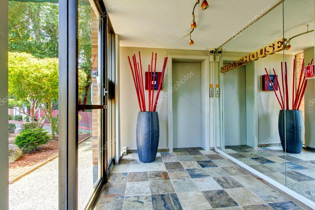 Camera di mattonelle con porta in vetro luci personalizzate e