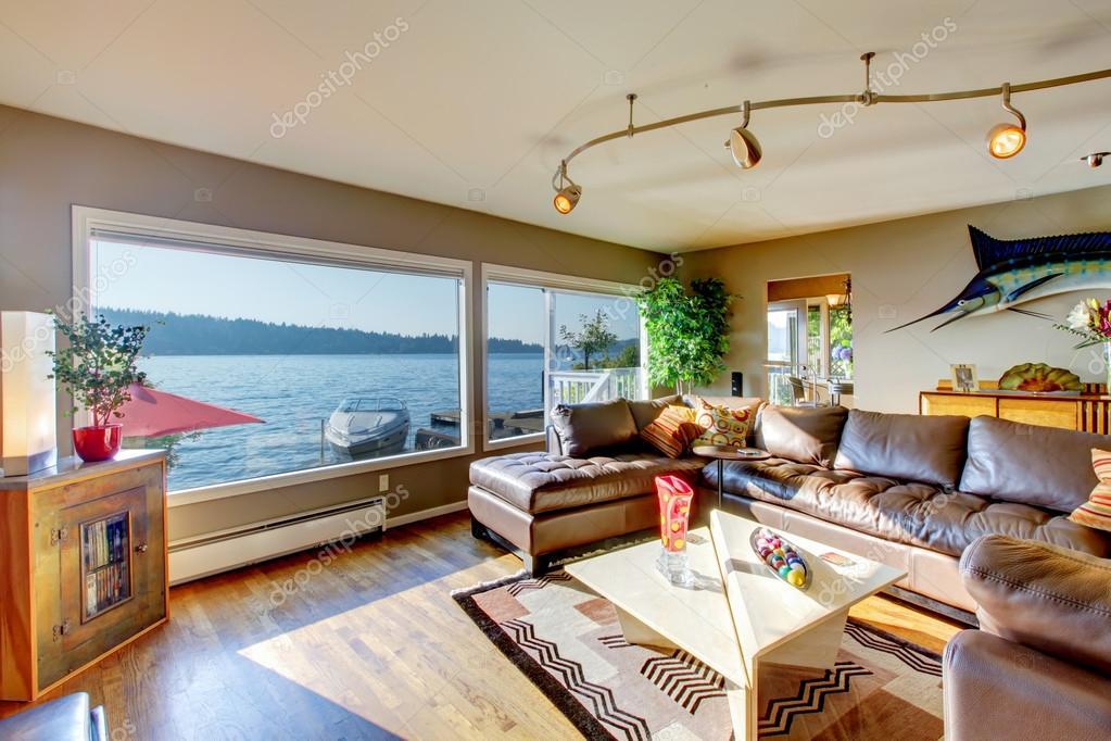 Fußboden Querschnitt ~ Luxus wohnzimmer mit großen querschnitt ledercouch