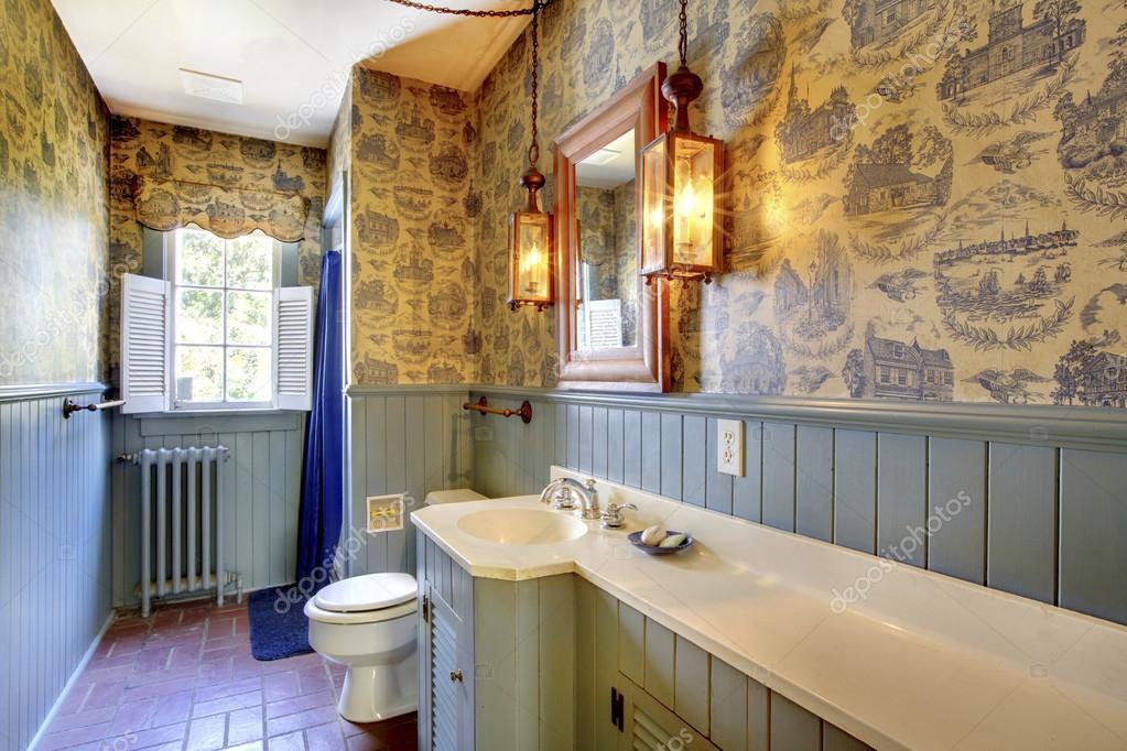 Azul antiguo cuarto de baño original. Increíble casa de 1856 nunca ...
