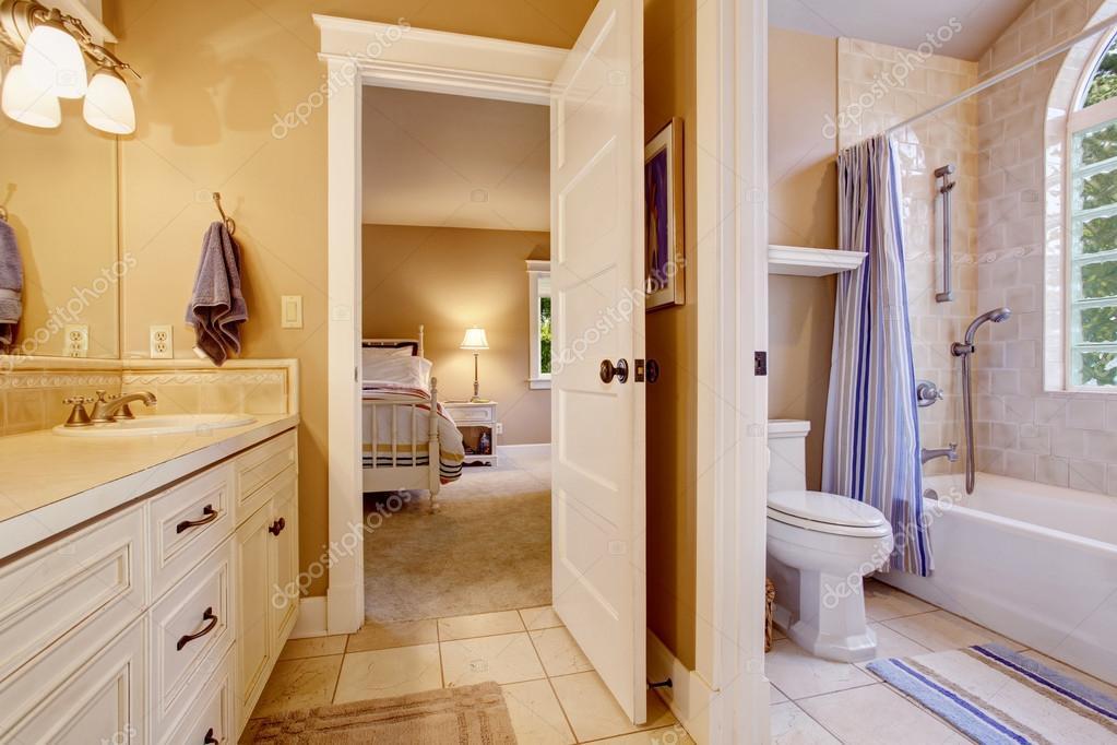 Fliesen schlafzimmer - Vorhang fur schrage wande ...
