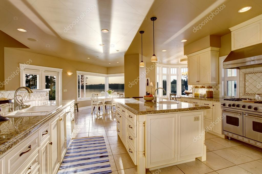 kitchen renovation with island ideas html with Stock Photo Large Luxury Kitchen Room In on Kohler Bathtub Colors in addition Faltou Espaco Area De Servico No in addition White Kitchens To Make You Green With besides Stock Photo Large Luxury Kitchen Room In moreover Kitchen Design Latest Trends 2016.