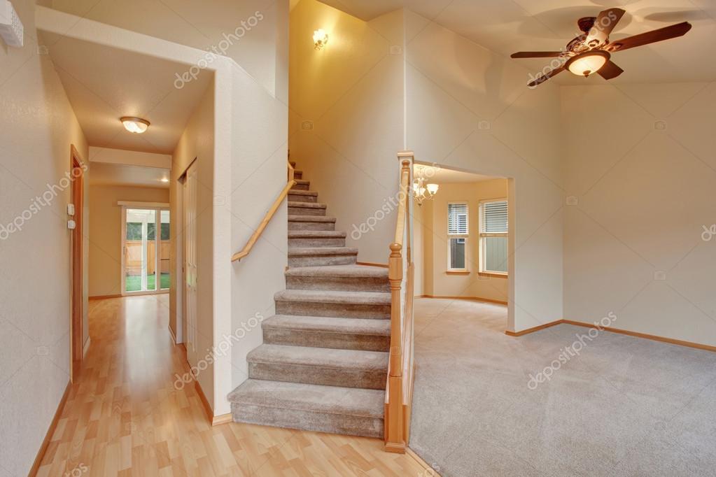 Empty Hallway Interior With Carpet Stairs View. U2014 Stock Photo