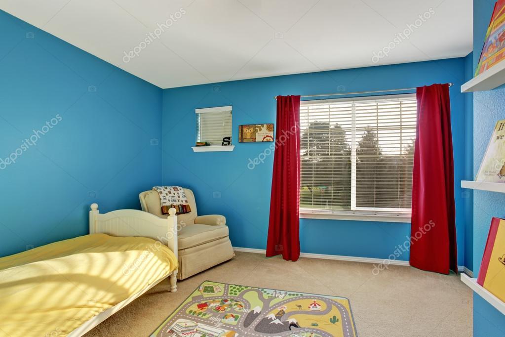 alfombras azules de la sala Sala De Nios Lindos Con Paredes Azules Y Alfombra Fotos