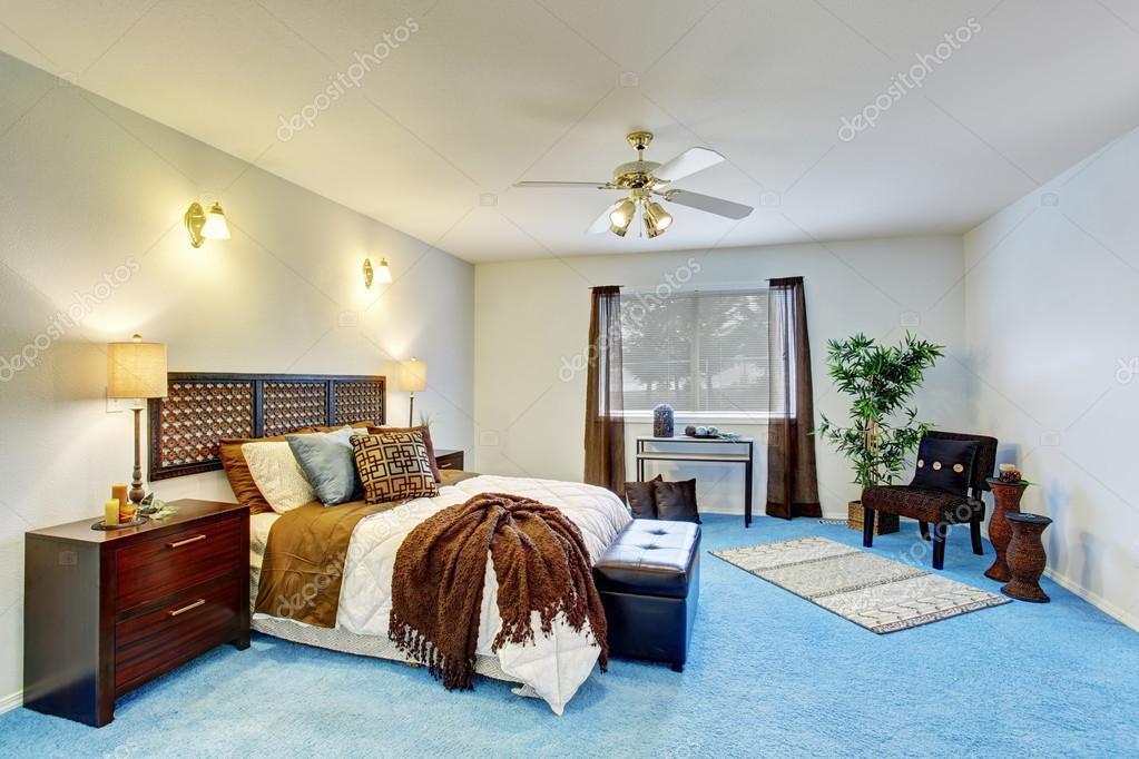Luxus Modernen Schlafzimmer Innenraum Mit Blauen Teppichboden U2014 Stockfoto