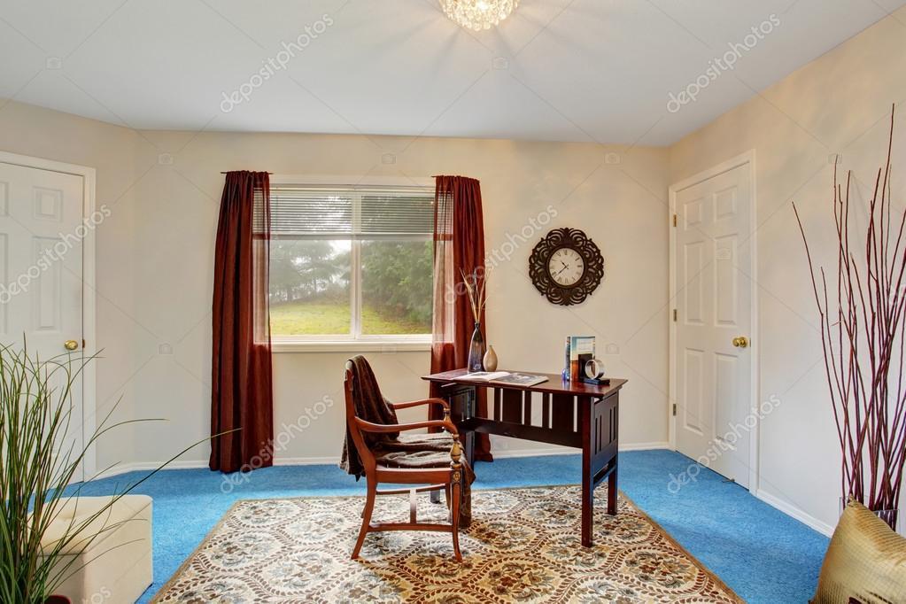 Gemütlichen HomeOfficeInterieur Mit Blauen Teppichboden Best Home Office Interior