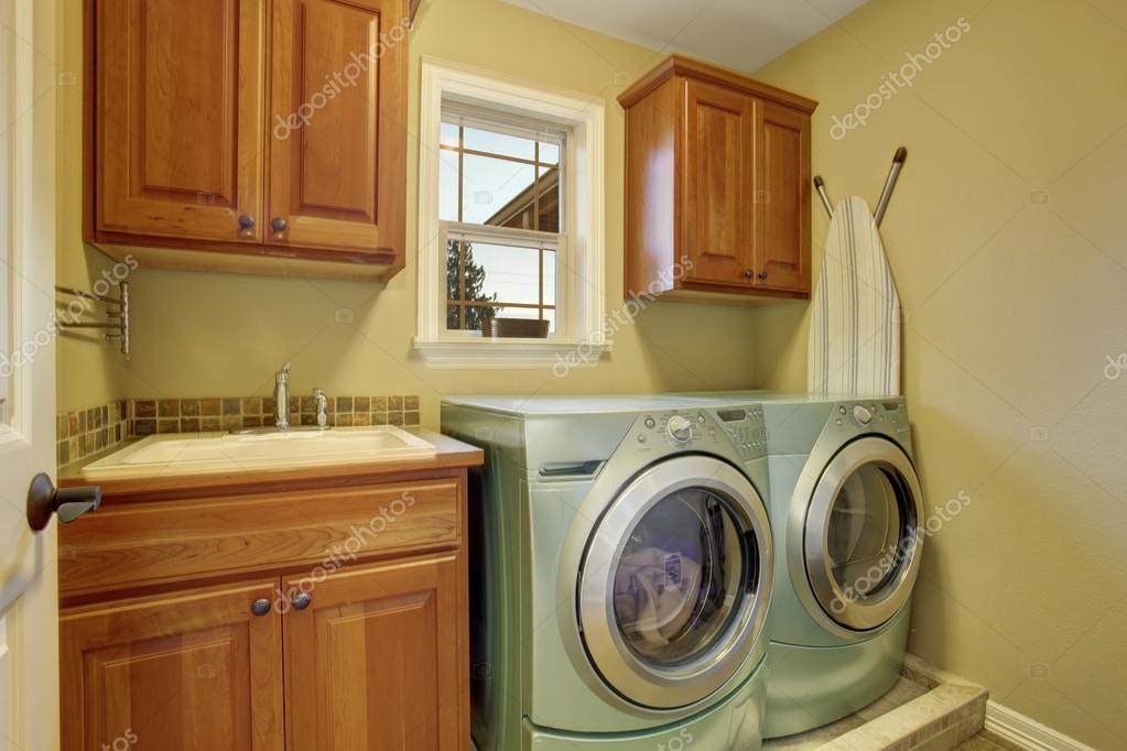 Kast Wasmachine Droger : Wasmachine droger kast gallery zanussi zwfnw with wasmachine mooi