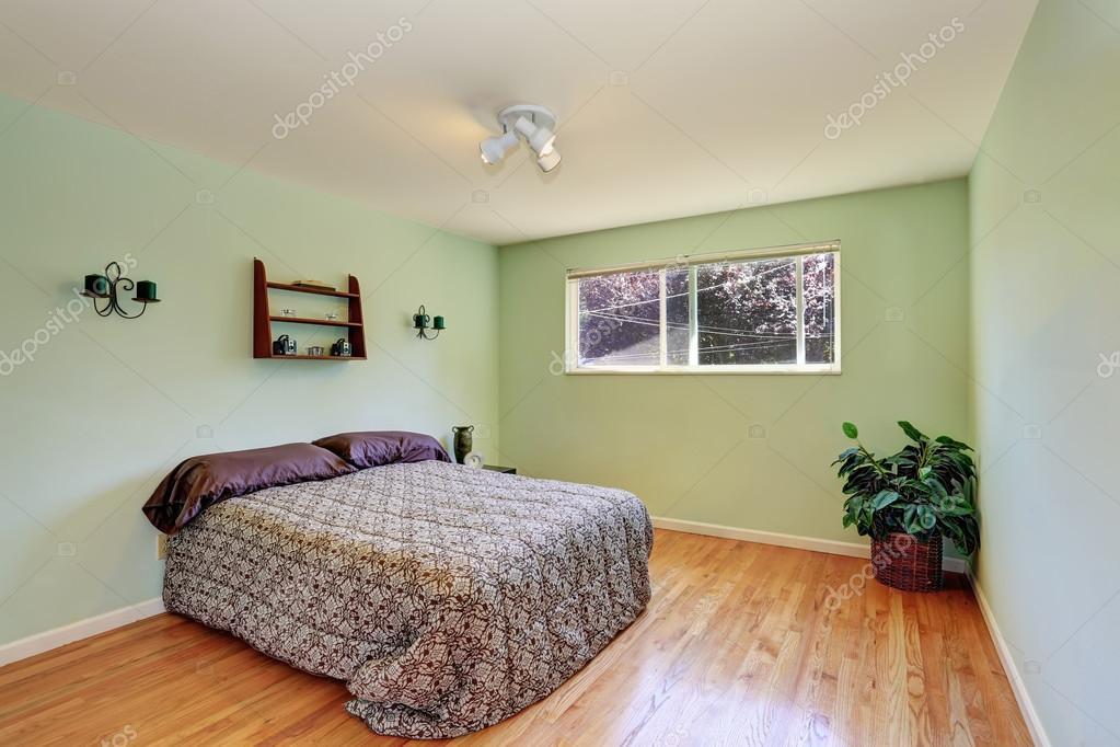 Candele Camera Da Letto : Camera da letto menta con candele sulla parete e pavimento di