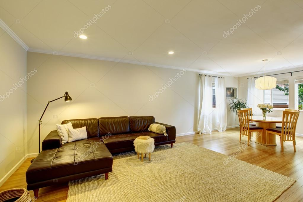 Open Floor Plan Living Room Interior With Leather Sofa And Carpet U2014 Stock  Photo