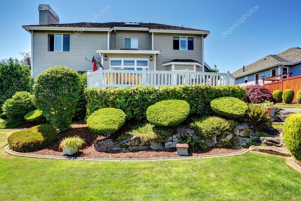 Aménagement paysager avec des pierres de niveau jardin parfait ...