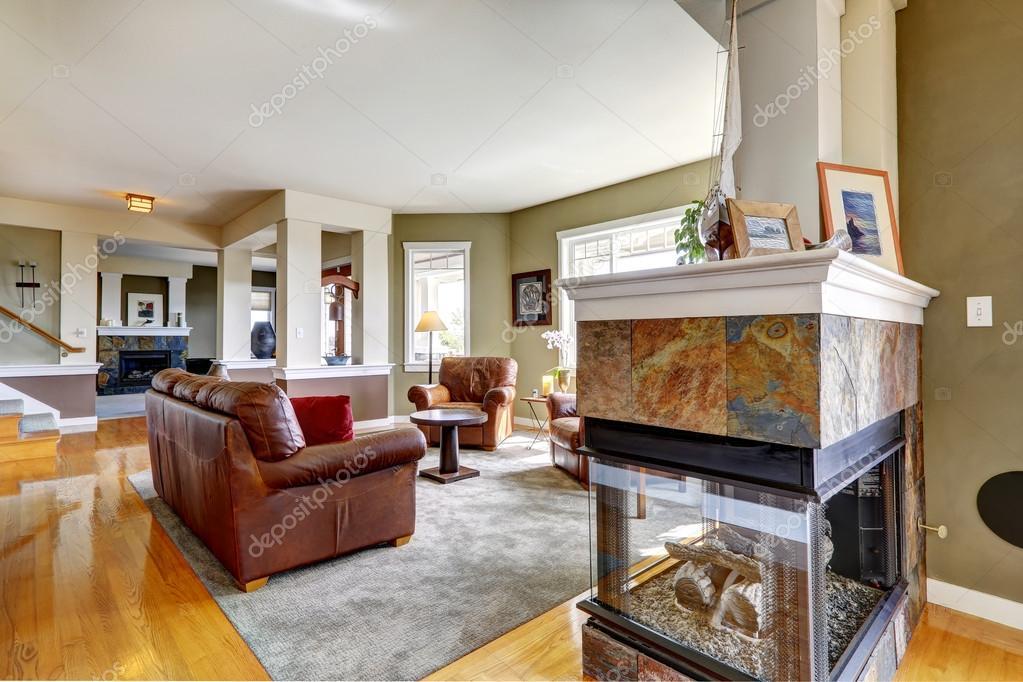 Wunderbar Luxus Haus Innen. Wohnzimmer Mit Kamin U2014 Stockfoto