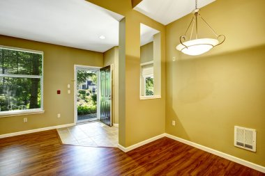 Empty apartment with open floor plan.Entrance hallway