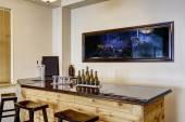 Fotografie Bar mit Aquarium. Luxus-Wohngebäude