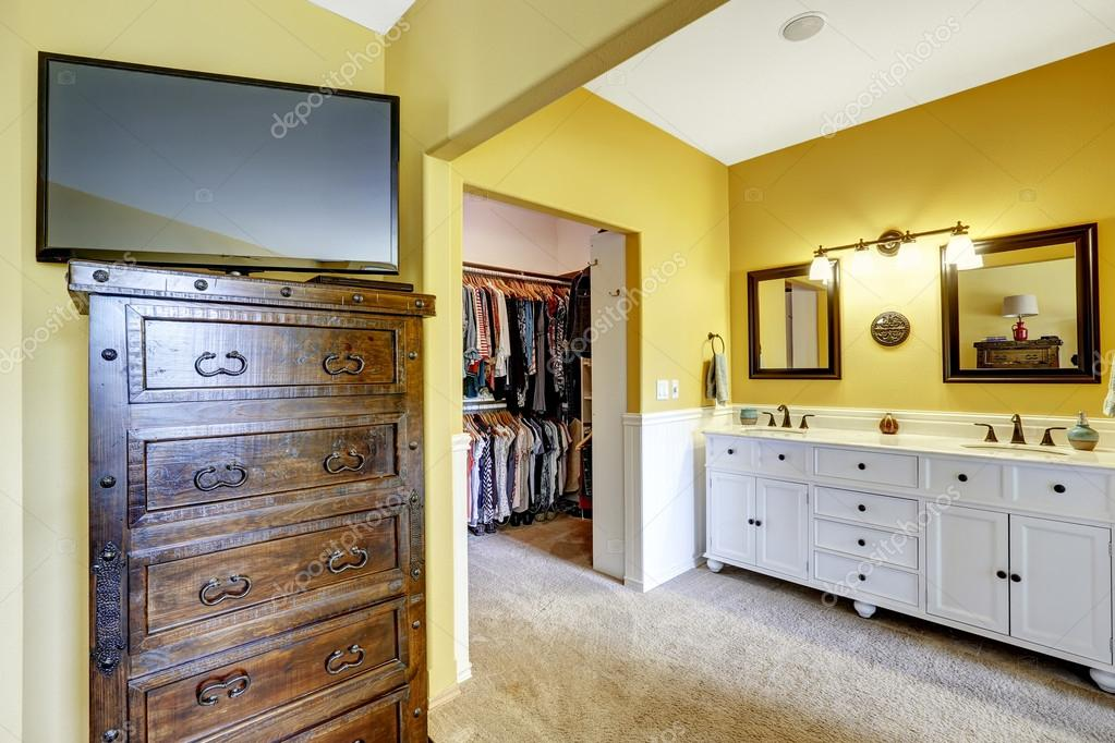 Chambre Avec Placard Chambre Armoire Vanite Photographie