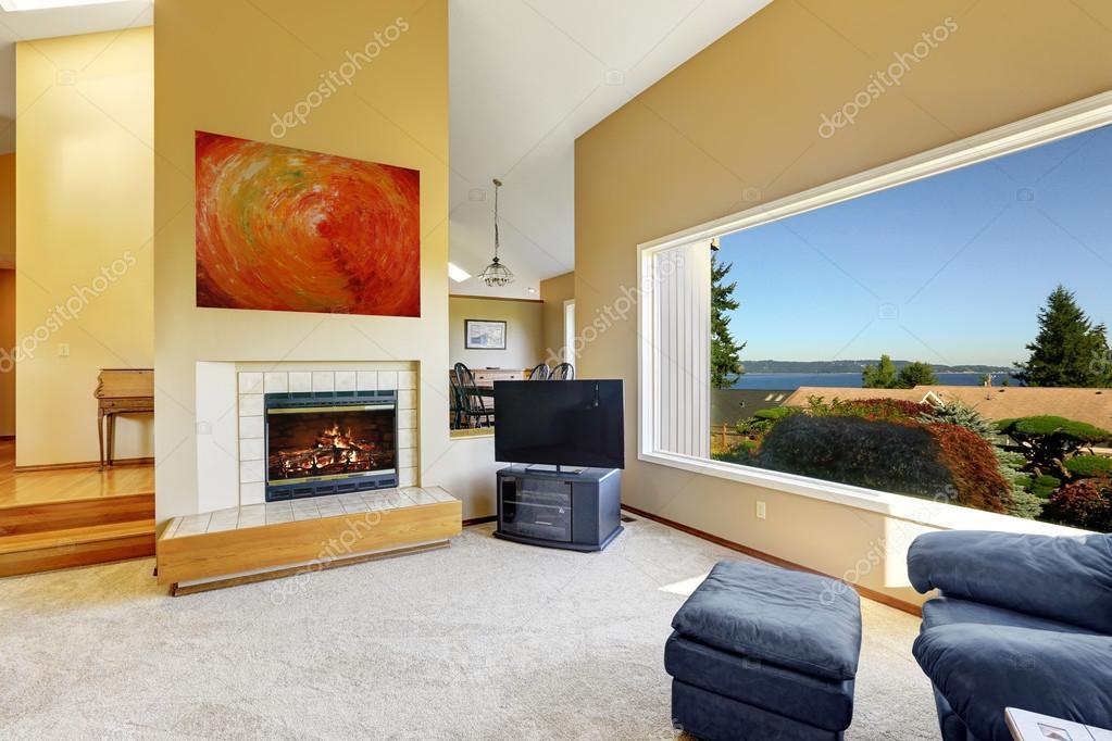Int rieur de maison de luxe avec vue de la fen tre for La fenetre panoramique