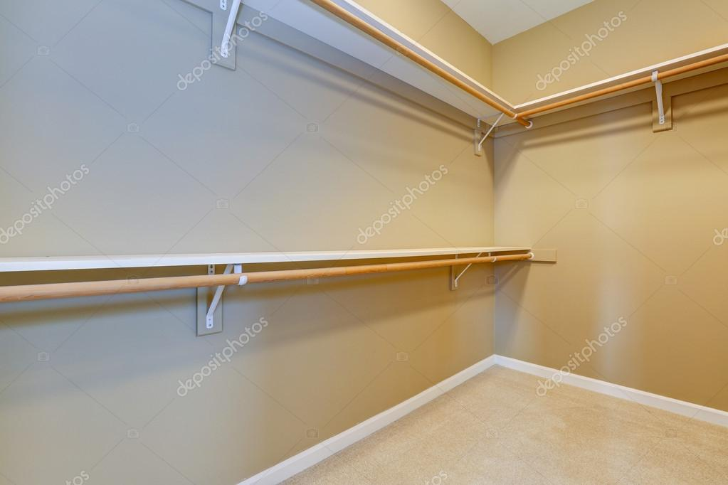 empty walk in closet.  Closet Empty Walkin Closet U2014 Stock Photo With Walk In Closet